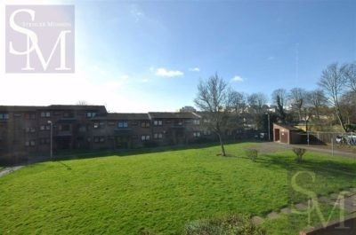 Pear Tree Court, South Woodford