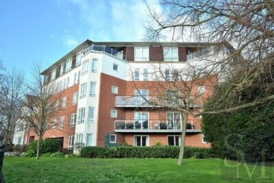 Regency Court, South Woodford E18